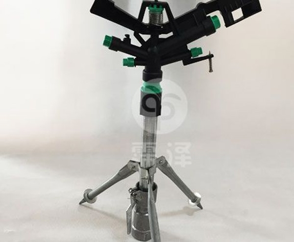 立杆塑料喷头组合